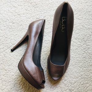 BCBG Paris high heels size 10